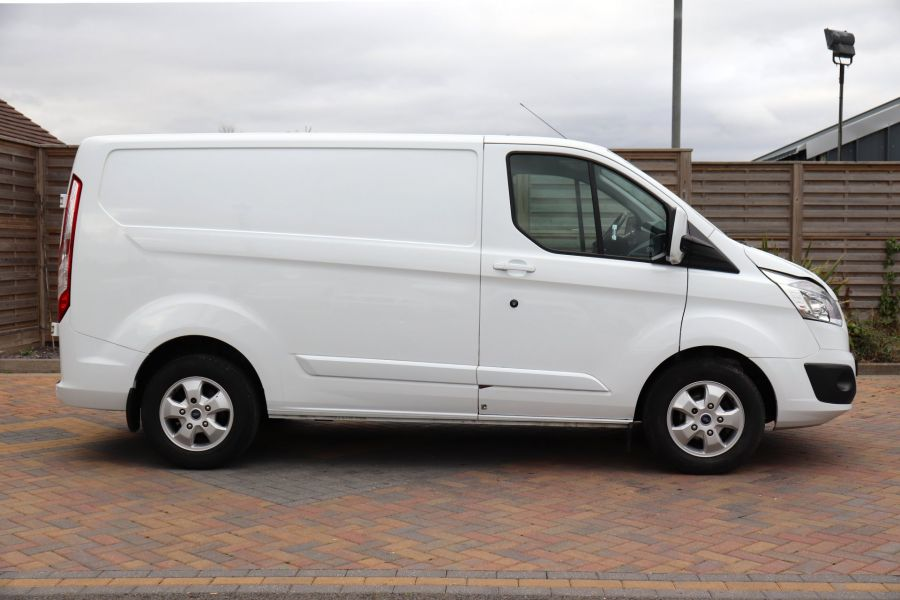FORD TRANSIT CUSTOM 310 TDCI 130 L1H1 LIMITED SWB LOW ROOF - 11931 - 7
