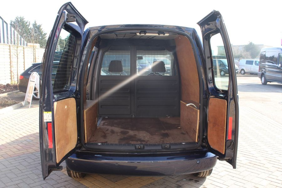 VOLKSWAGEN CADDY C20 TDI 140 HIGHLINE - 7370 - 19