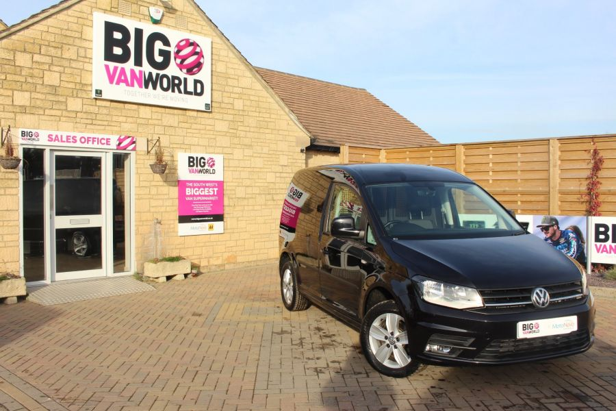 VOLKSWAGEN CADDY C20 TDI 150 HIGHLINE BLUEMOTION TECH DSG - 7222 - 1