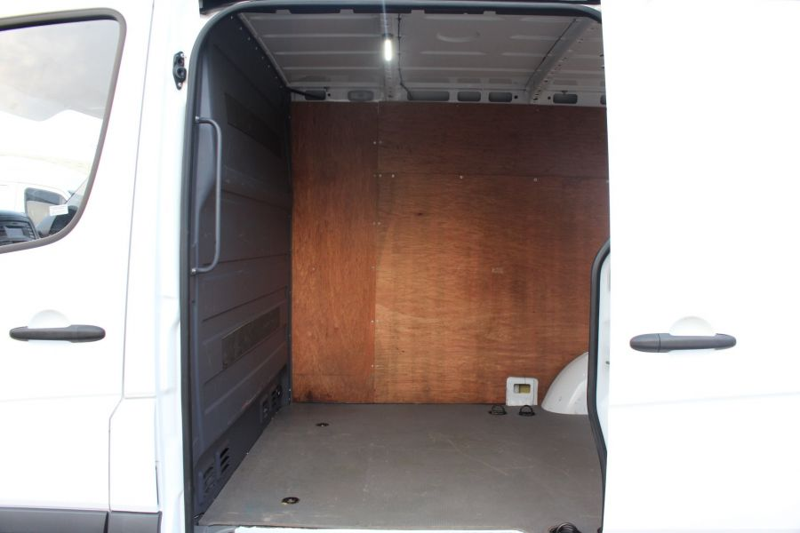 MERCEDES SPRINTER 313 CDI SWB STANDARD LOW ROOF - 8789 - 20