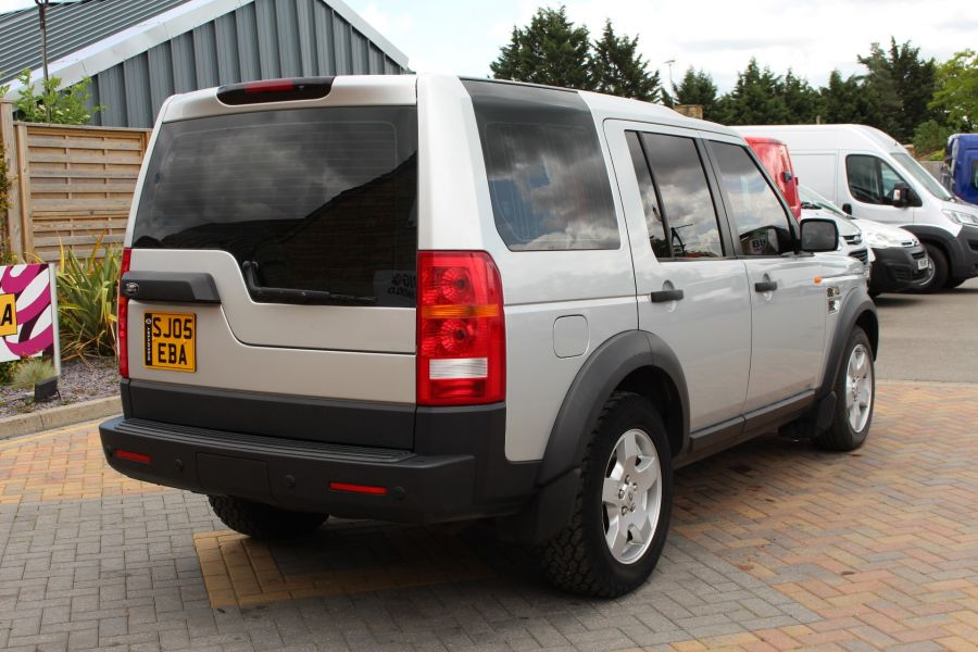 LAND ROVER DISCOVERY 3 TDV6 188 S AUTO - 9721 - 5