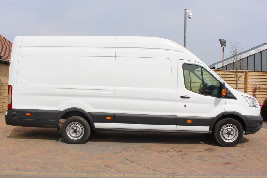 FORD TRANSIT 350 TDCI 125 L4 H3 JUMBO HIGH ROOF RWD - 7394 - 4