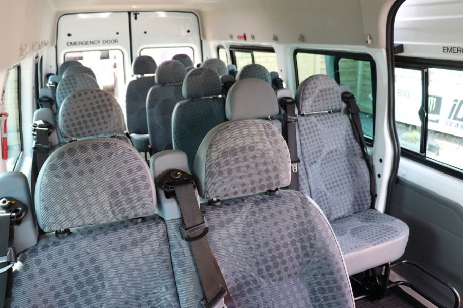 FORD TRANSIT 430 TDCI 135 EL LWB 17 SEAT BUS MEDIUM ROOF DRW RWD - 9732 - 33