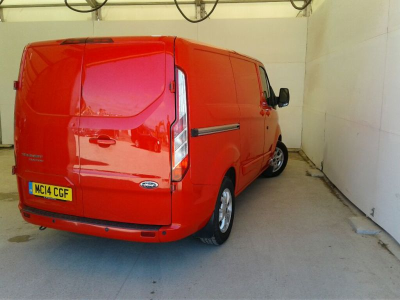 FORD TRANSIT CUSTOM 290 TDCI 125 L1H1 LIMITED SWB LOW ROOF FWD - 9695 - 2