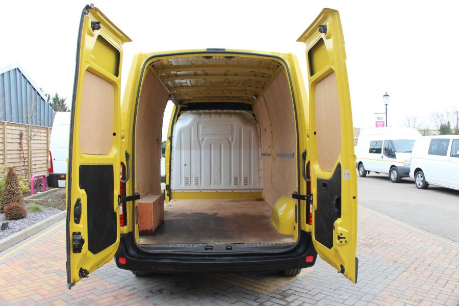 RENAULT MASTER LM35 DCI 125 LWB MEDIUM ROOF - 7494 - 19