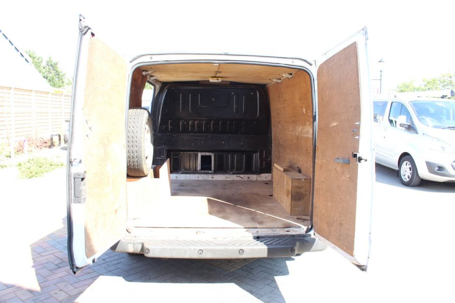 FORD TRANSIT 260 TDCI 85 SWB LOW ROOF FWD - 8235 - 18