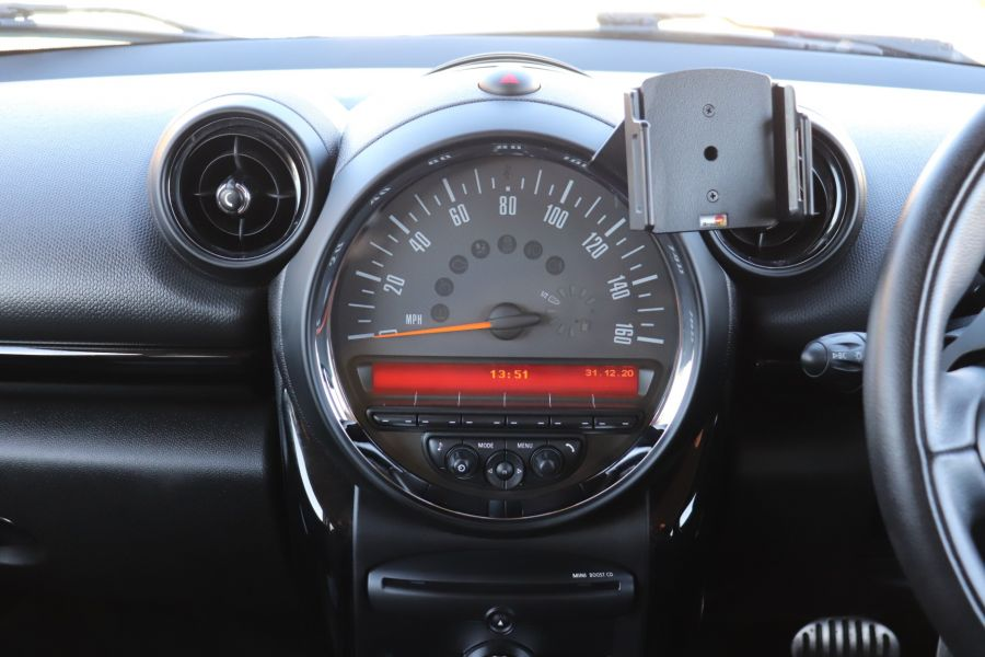 MINI PACEMAN COOPER 2.0 SD 143 ALL4 AUTO - 11657 - 19