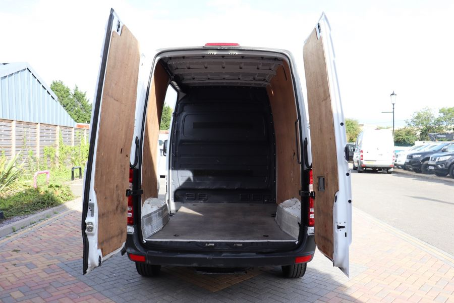 MERCEDES SPRINTER 313 CDI 129 SWB HIGH ROOF - 10968 - 21