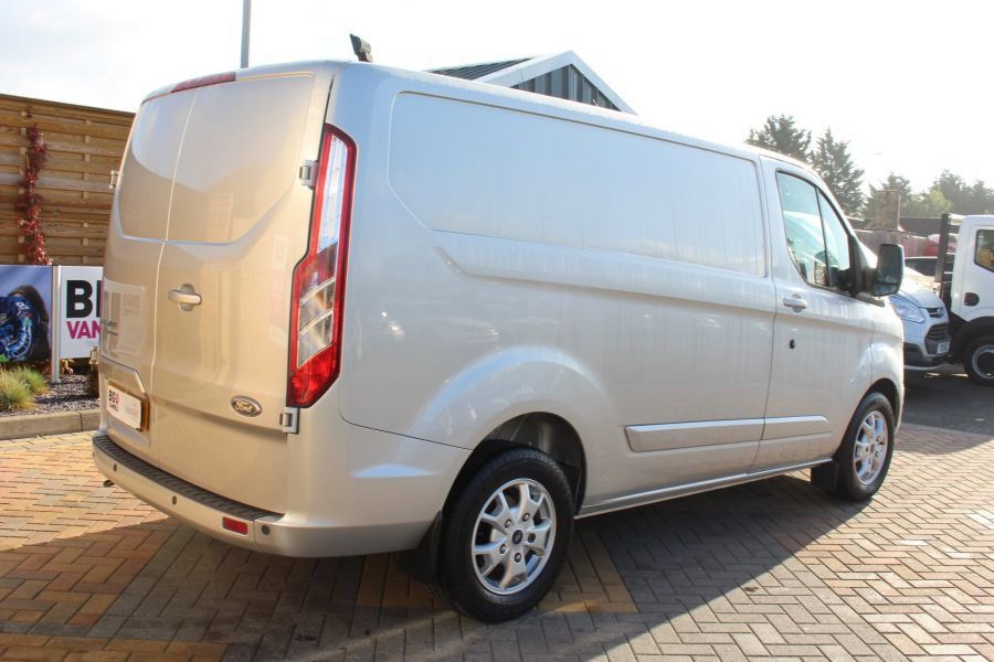 FORD TRANSIT CUSTOM 270 TDCI 125 L1 H1 LIMITED SWB LOW ROOF FWD - 7620 - 5