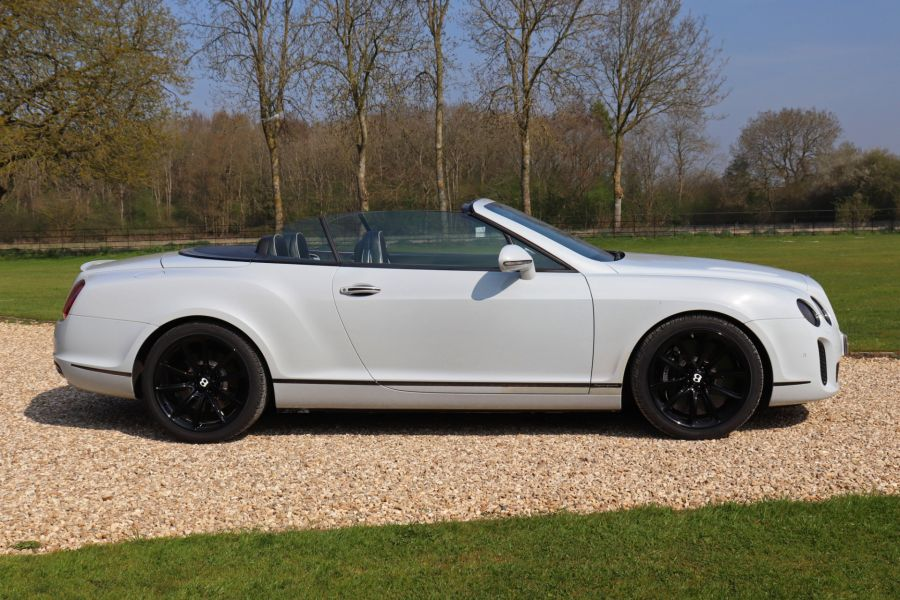 BENTLEY CONTINENTAL GTC SUPERSPORTS - 10504 - 4