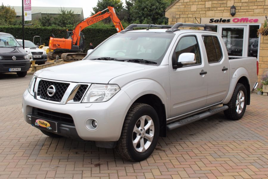 NISSAN NAVARA DCI 190 TEKNA CONNECT 4X4 DOUBLE CAB - 5188 - 6