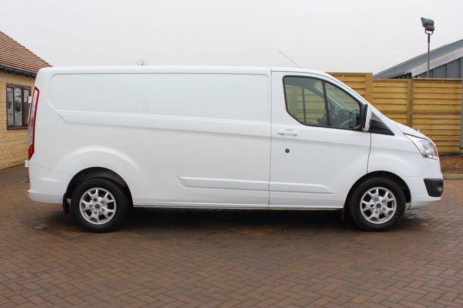 FORD TRANSIT CUSTOM 290 TDCI 125 LIMITED L2 H1 LWB LOW ROOF - 5574 - 2