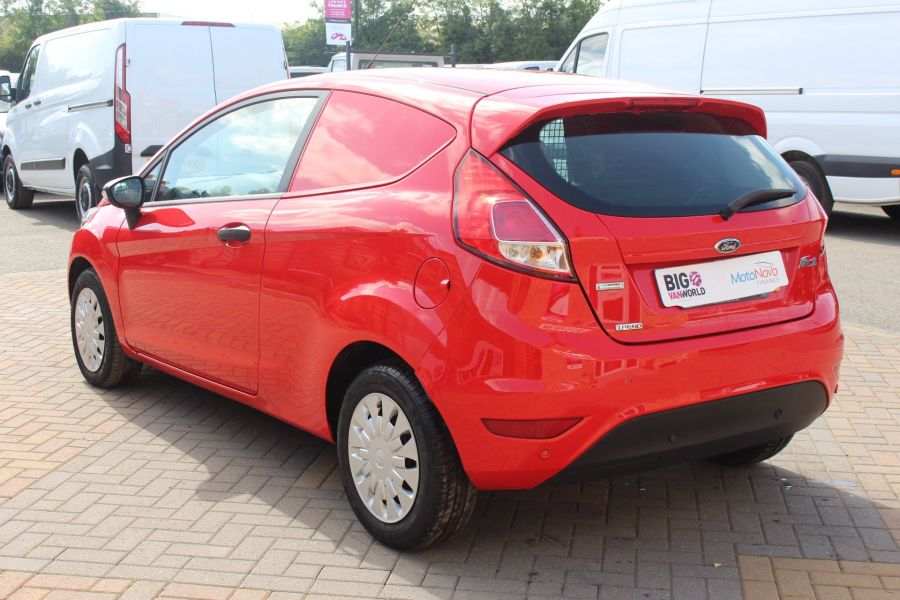 FORD FIESTA TDCI 95 ECONETIC TREND - 6293 - 7