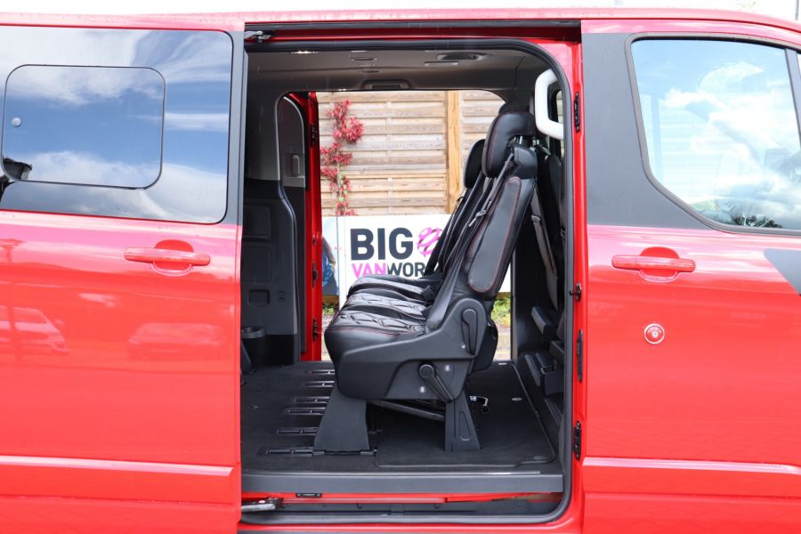 FORD TOURNEO CUSTOM TDCI 130 L2H1 TITANIUM X MOTION R 8 SEAT BUS - 10188 - 44