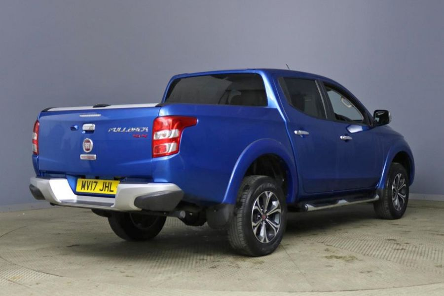 FIAT FULLBACK 2.4D 180 LX DOUBLE CAB WITH ROLL'N'LOCK TOP - 9579 - 2