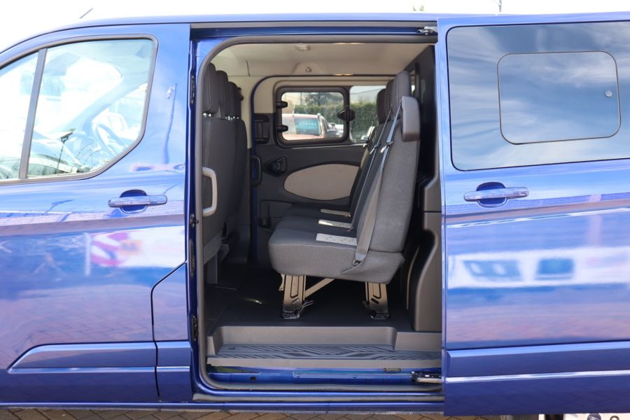 FORD TRANSIT CUSTOM 310 TDCI 130 L1H1 LIMITED DOUBLE CAB 6 SEAT CREW VAN FWD - 10553 - 34