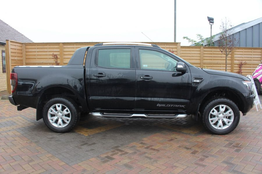 FORD RANGER TDCI 197 WILDTRAK 4X4 DOUBLE CAB WITH ROLL'N'LOCK TOP - 6862 - 4