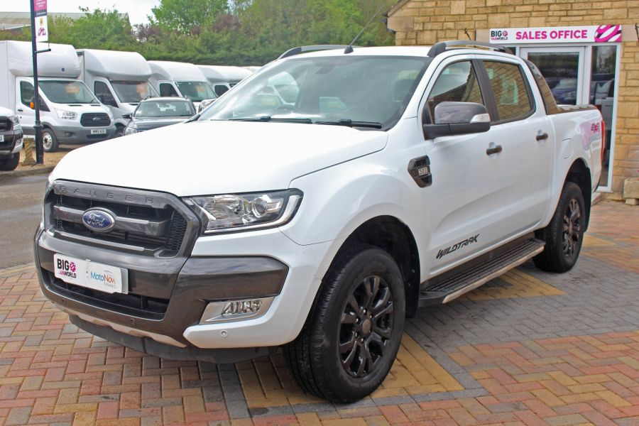 FORD RANGER WILDTRAK TDCI 200 4X4 DOUBLE CAB WITH ROLL'N'LOCK TOP - 9156 - 9