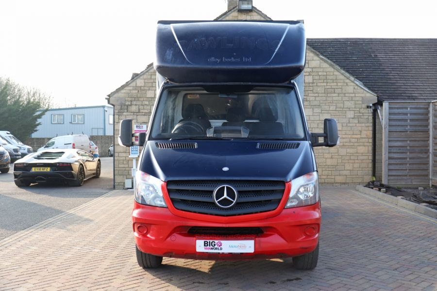 MERCEDES SPRINTER 313 CDI 129 MWB LUTON WITH TAIL LIFT - 12154 - 13
