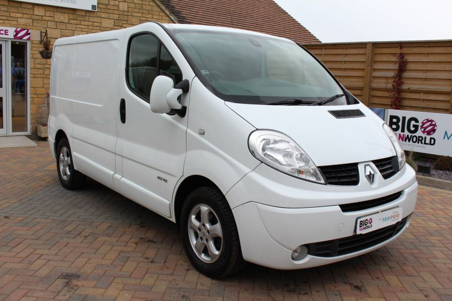 RENAULT TRAFIC SL27 DCI ECO2 115 SPORT QUICKSHIFT SWB LOW ROOF - 7484 - 3