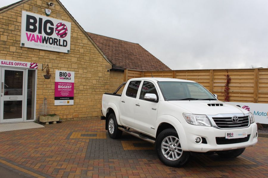 TOYOTA HI-LUX INVINCIBLE 4X4 D-4D 169 DOUBLE CAB WITH ROLL'N'LOCK TOP - 7307 - 1