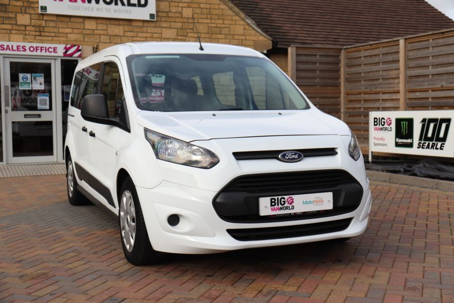 FORD GRAND TOURNEO CONNECT TDCI 95 COMBI VAN WITH WHEELCHAIR ACCESS - 11545 - 4