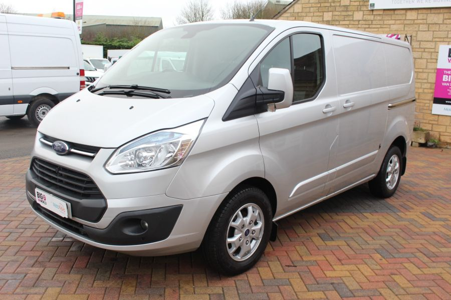 FORD TRANSIT CUSTOM 270 TDCI 125 L1 H1 LIMITED SWB LOW ROOF FWD - 7142 - 8