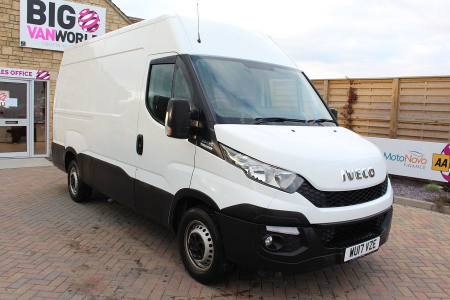 IVECO DAILY 35S13 HI-MATIC MWB HIGH ROOF - 8679 - 1