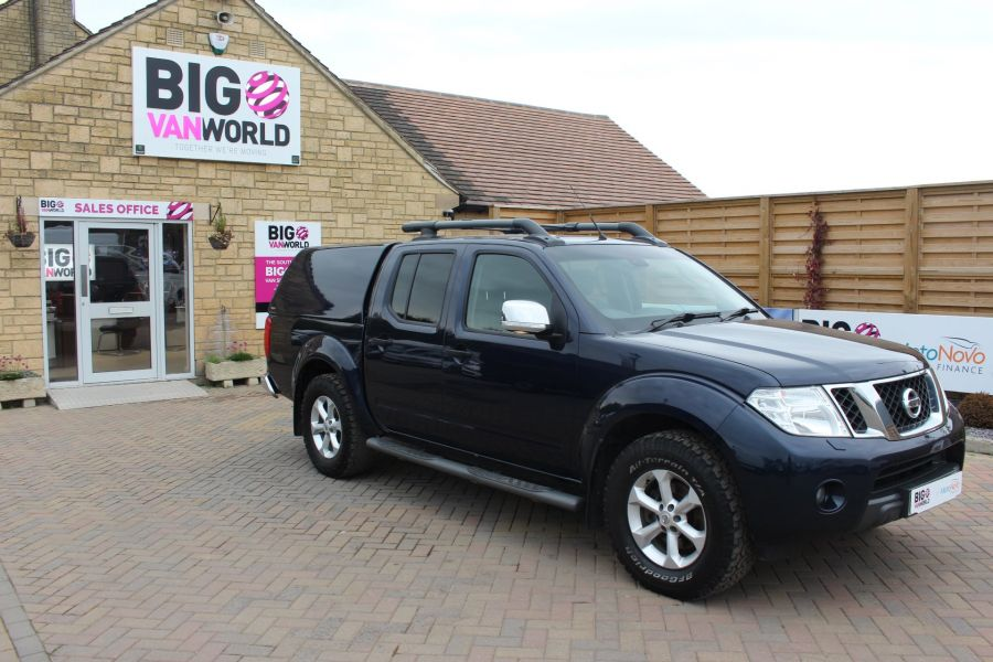 NISSAN NAVARA DCI 190 TEKNA CONNECT 4X4 DOUBLE CAB WITH TRUCKMAN TOP - 6786 - 2