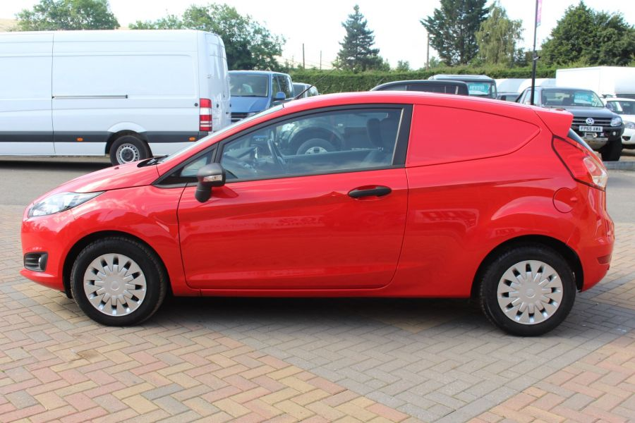 FORD FIESTA TDCI 95 ECONETIC TREND - 6293 - 8