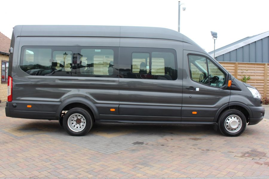 FORD TRANSIT 460 TDCI 155 L4 H3 17 SEAT BUS HIGH ROOF DRW RWD - 8132 - 4