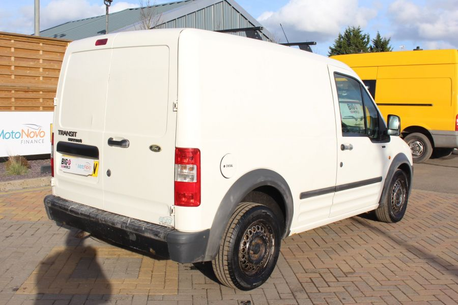 FORD TRANSIT CONNECT T200 TDDI 75 SWB - 7281 - 5