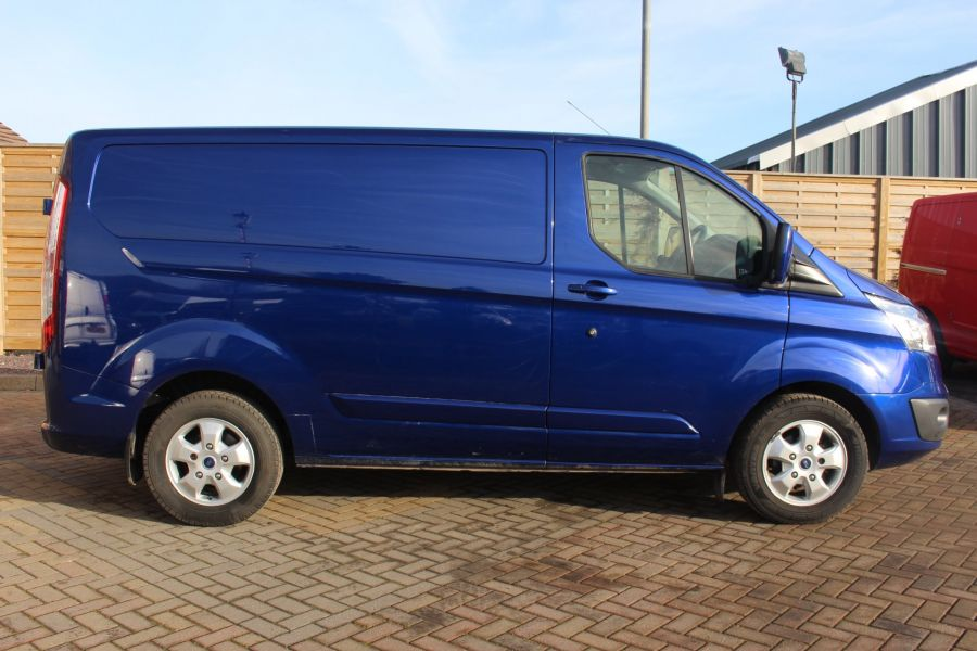 FORD TRANSIT CUSTOM 290 TDCI 155 L1 H1 LIMITED SWB LOW ROOF - 8952 - 4