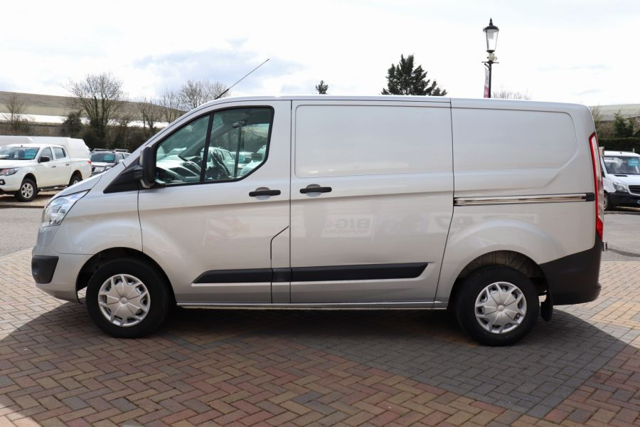 FORD TRANSIT CUSTOM 270 TDCI 125 L1H1 TREND SWB LOW ROOF - 10621 - 9