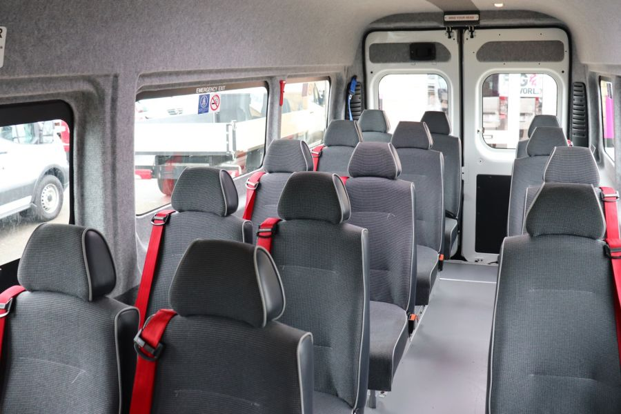 PEUGEOT BOXER 440 HDI 130 L4H2 17 SEAT BUS HIGH ROOF WITH WHEELCHAIR ACCESS - 9625 - 37
