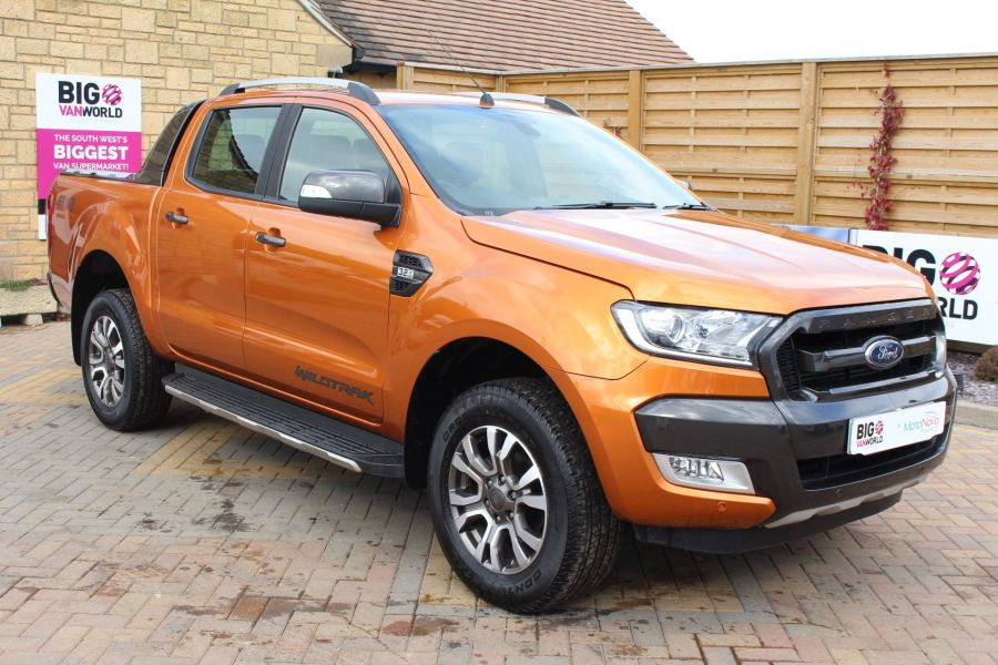 FORD RANGER WILDTRAK 4X4 TDCI 197 DOUBLE CAB - 7360 - 3