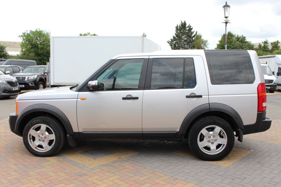 LAND ROVER DISCOVERY 3 TDV6 188 S AUTO - 9721 - 8