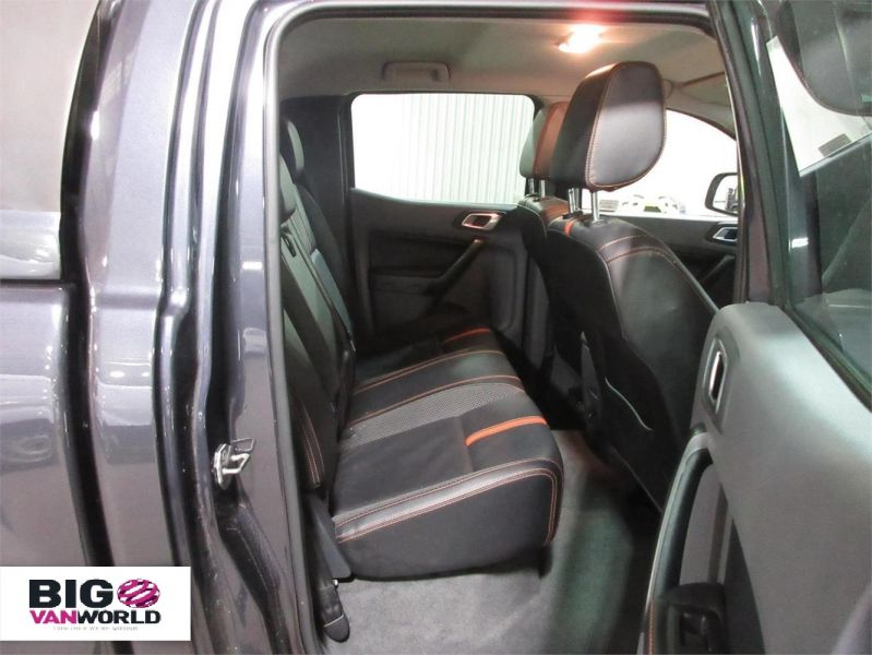 FORD RANGER WILDTRAK TDCI 4X4 DOUBLE CAB WITH TRUCKMAN TOP - 8962 - 13