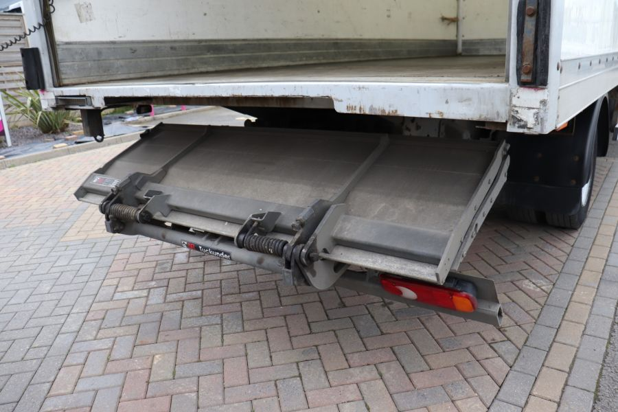 DAF TRUCKS LF LF 150 FA LF 150 FA 20Ft BOX WITH TAIL LIFT  (13928) - 12204 - 40