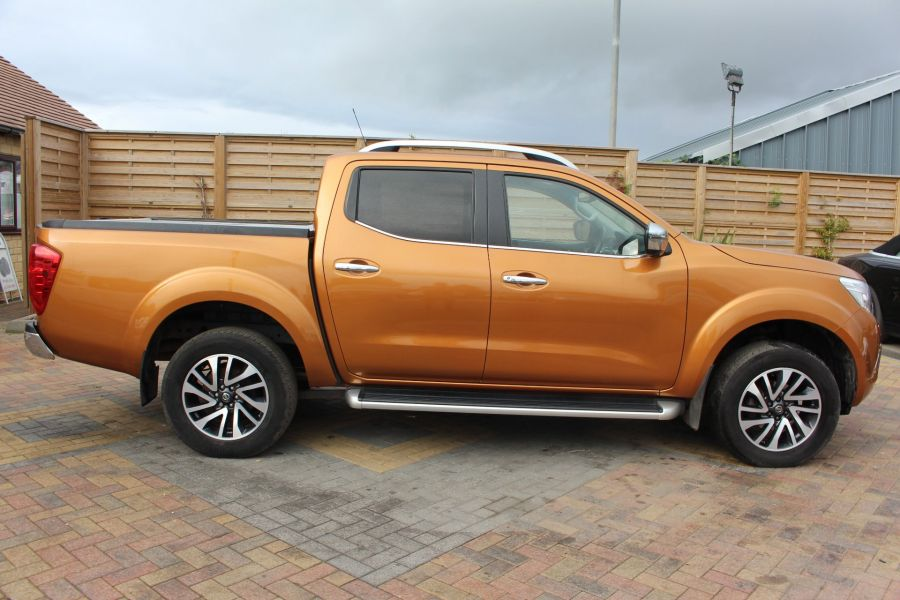 NISSAN NP300 NAVARA DCI 190 TEKNA 4X4 DOUBLE CAB WITH ROLL'N'LOCK TOP - 8313 - 4