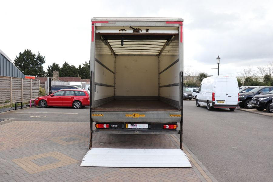 IVECO EUROCARGO  75E16S 4X2 GRP BOX WITH TAIL LIFT  (13925) - 12206 - 4