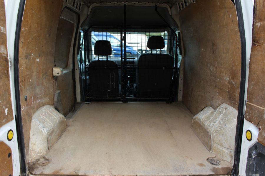 FORD TRANSIT CONNECT T230 LWB LOW ROOF 90 - 7499 - 17