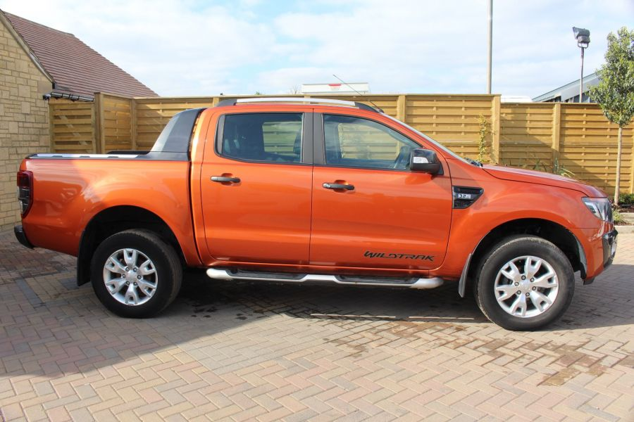 FORD RANGER WILDTRAK 4X4 DOUBLE CAB TDCI 200 - 6114 - 4