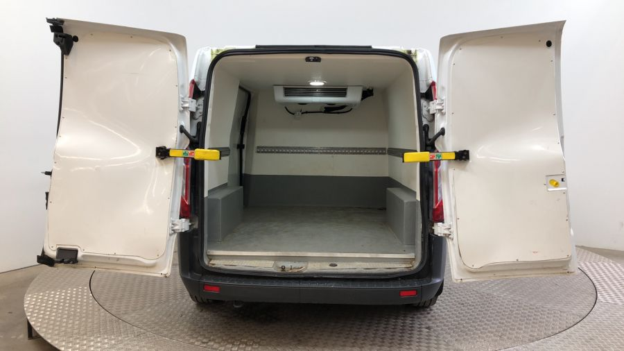 FORD TRANSIT CUSTOM 270 TDCI 105 L1H1 SWB LOW ROOF FRIDGE VAN WITH OVERNIGHT FWD - 11587 - 5