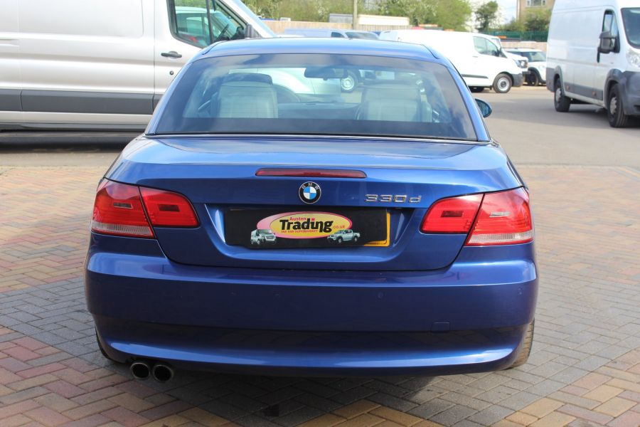 BMW 3 SERIES 330D SE AUTO CONVERTIBLE - 6042 - 4