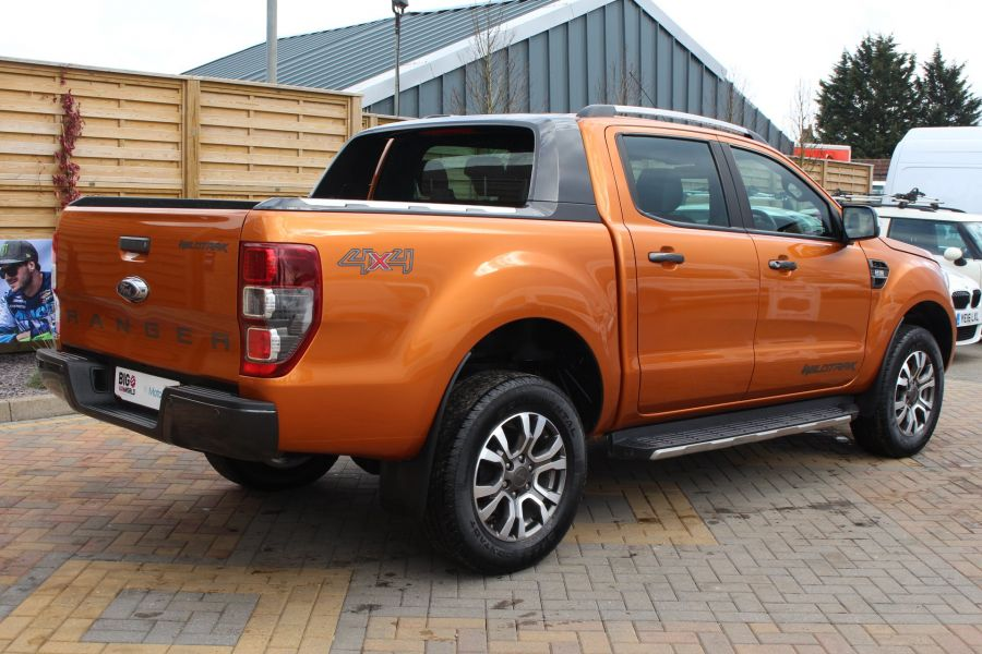 FORD RANGER WILDTRAK 4X4 TDCI 197 DOUBLE CAB - 7360 - 5