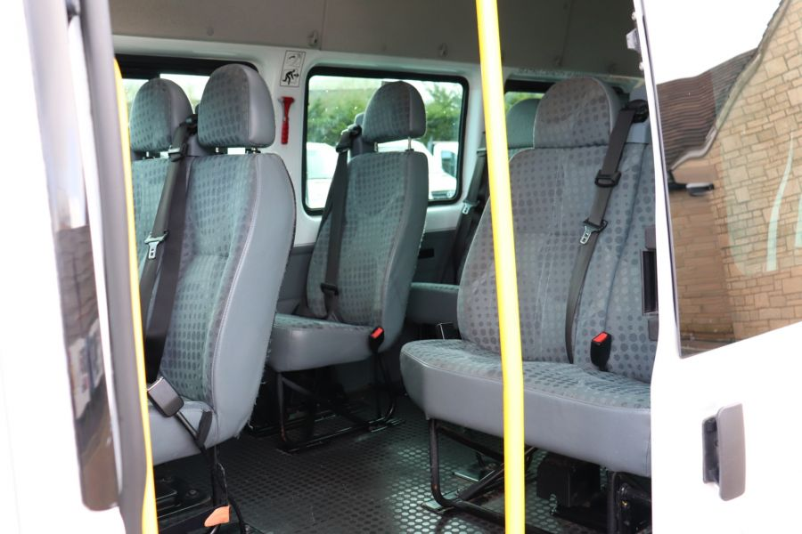 FORD TRANSIT 430 TDCI 135 EL LWB 17 SEAT BUS HIGH ROOF WITH WHEELCHAIR ACCESS RAMP DRW RWD - 10401 - 33