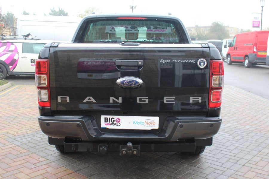FORD RANGER TDCI 197 WILDTRAK 4X4 DOUBLE CAB WITH ROLL'N'LOCK TOP - 6862 - 6