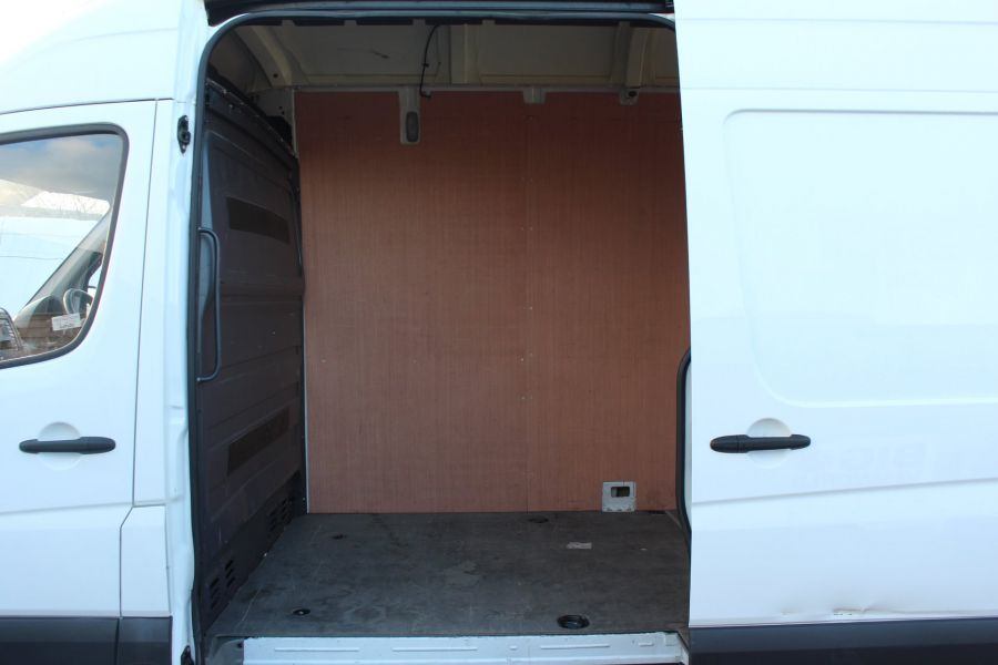 MERCEDES SPRINTER 313 CDI LWB EXTRA HIGH ROOF - 6945 - 17