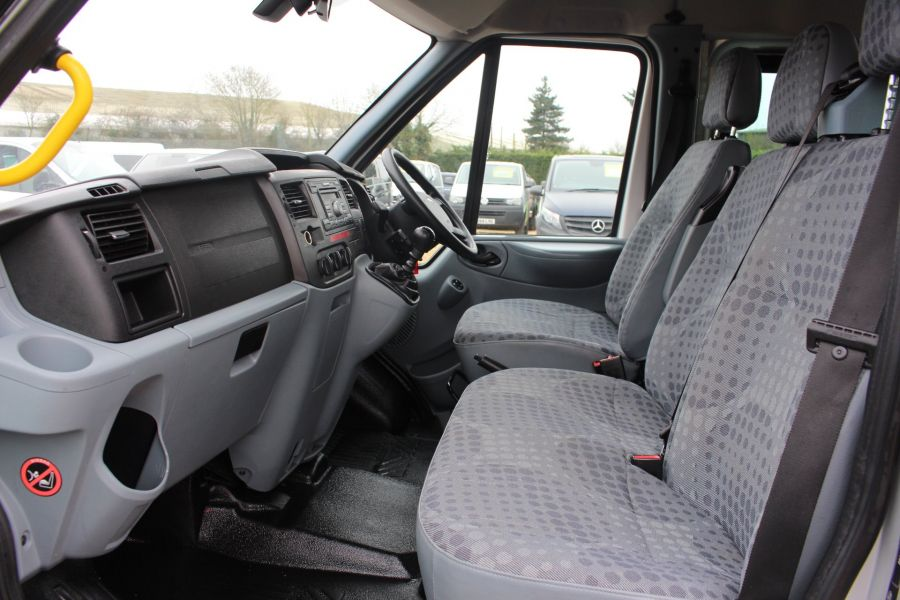 FORD TRANSIT 430 TDCI 135 HIGH ROOF 17 SEAT BUS - 5825 - 16